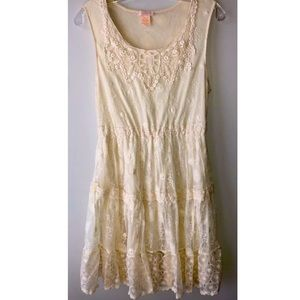 Klozlyne Embroidered Tiered Boho Ivory Dress L